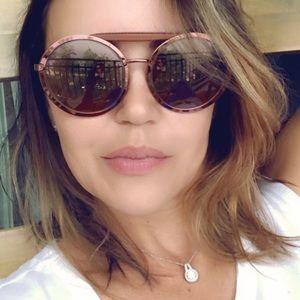 Authentic Louis Vuitton leather sunglasses 🕶